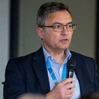 Dr. med. Adrian Göldlin